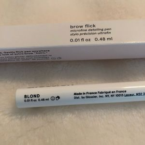 Glossier Makeup - Brow Flick (Blonde)